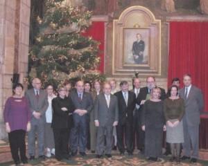 Nadal al Palau de la Generalitat. El president Pujol amb la representació del Departament d'Universitats, Investigació i S.I.